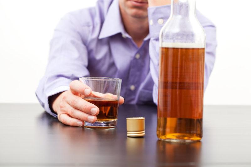 Как быть если муж пьет запоями