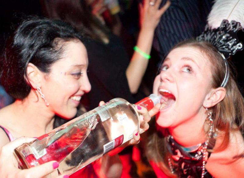 Что выпить чтобы не сильно опьянеть