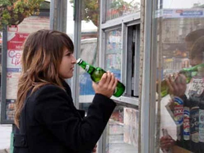 Продажа алкоголя лицам, не достигшим 18-летнего возраста, запрещена