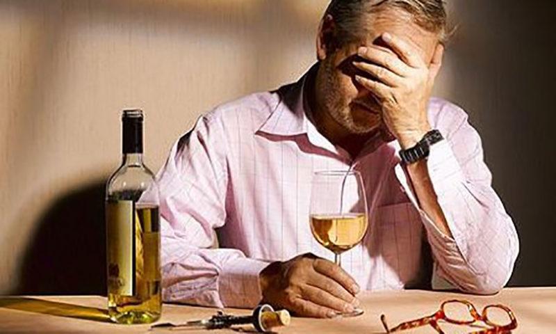 Алкоголь допустим в небольших количествах