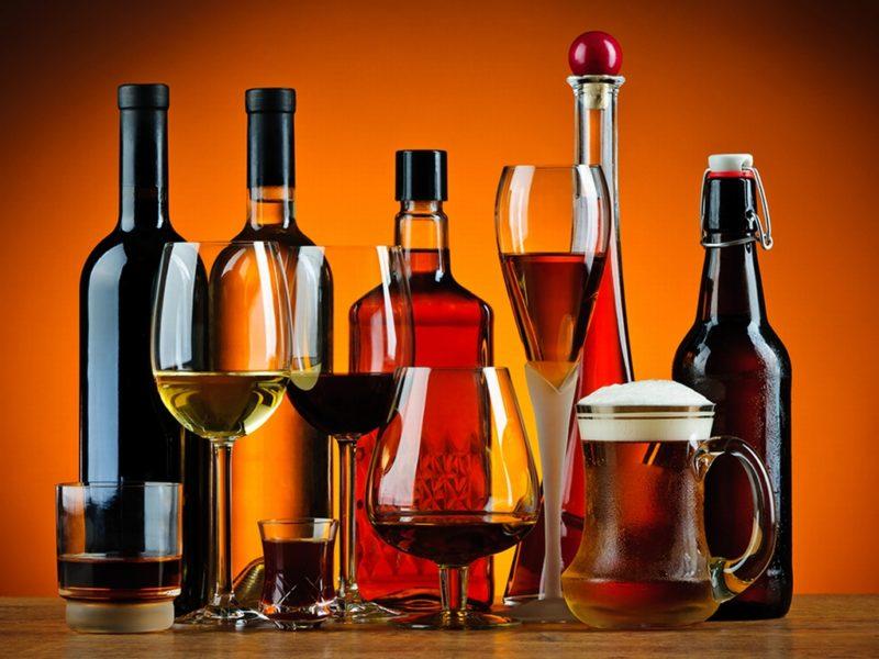Без лицензии продажа содержащих алкоголь напитков запрещена