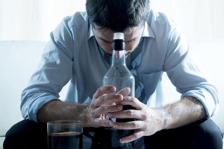 Избавить от алкоголизма без ведома пьющего