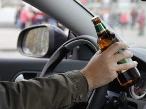 За и против: можно ли пить безалкогольное пиво за рулем