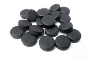 От чего помогает активированный уголь и как правильно принимать его