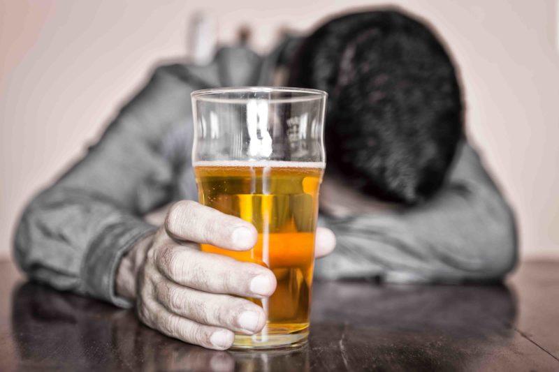 Что делают, когда кодируют человека от алкоголизма