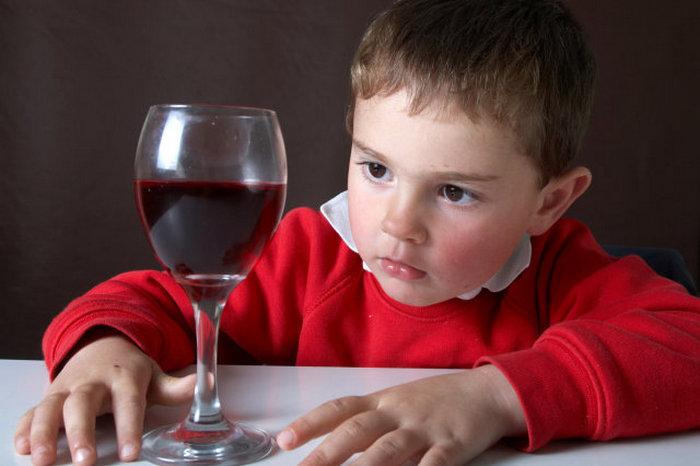 Детский алкоголизм - причины, лечение, фото
