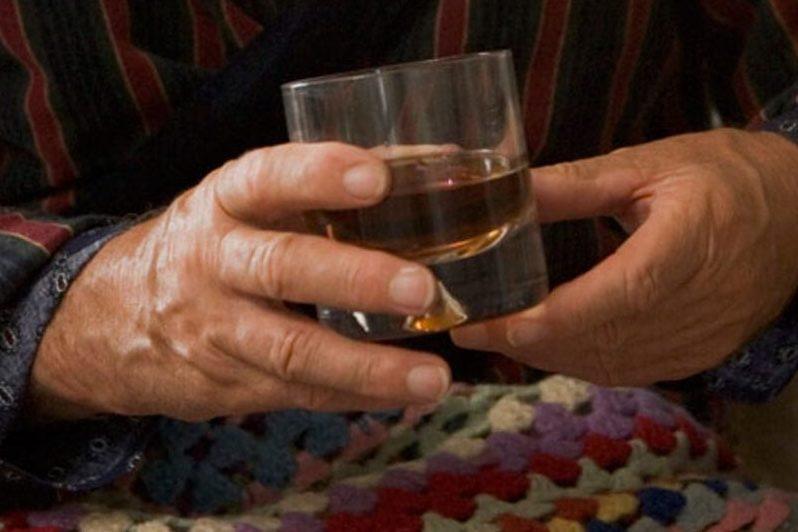 Можно ли при подагре пить водку