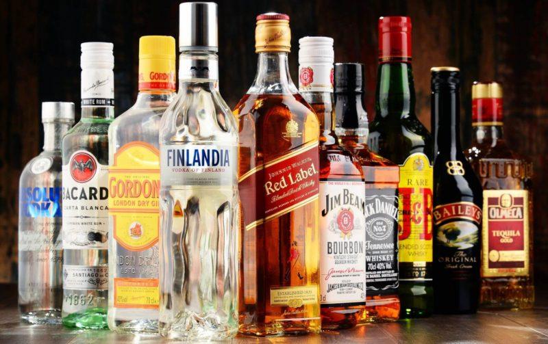 Польза алкоголя: чем полезно спиртное для организма человека в малых дозах, в чем заключается вред